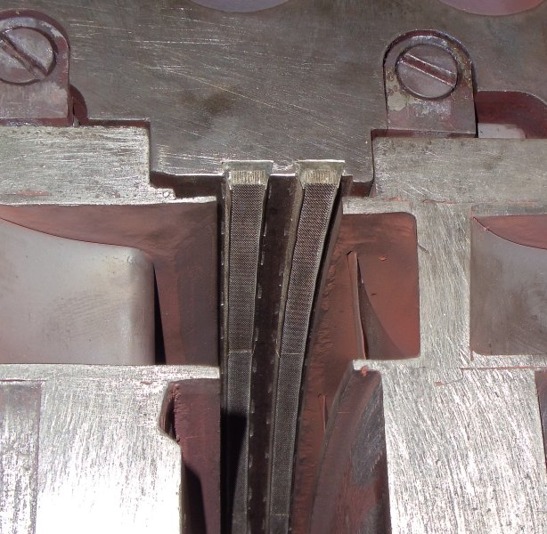 В период капитальных ремонтов 2011г.паровых турбины К-300-240 ст.5 Каширской ГРЭС и ст.5 Ириклинской ГРЭС фил.